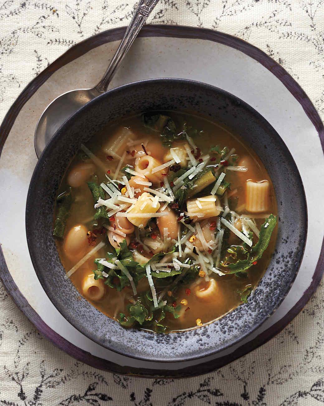 pasta-white-bean-soup-097-d112404.jpg