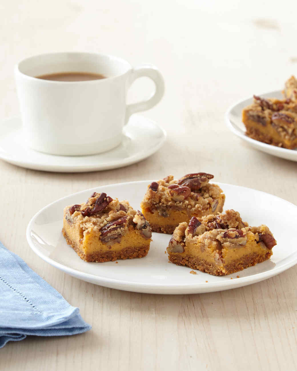 Pumpkin Pecan Bites Recipe: Pumpkin Cheesecake Crunch Bites Recipe