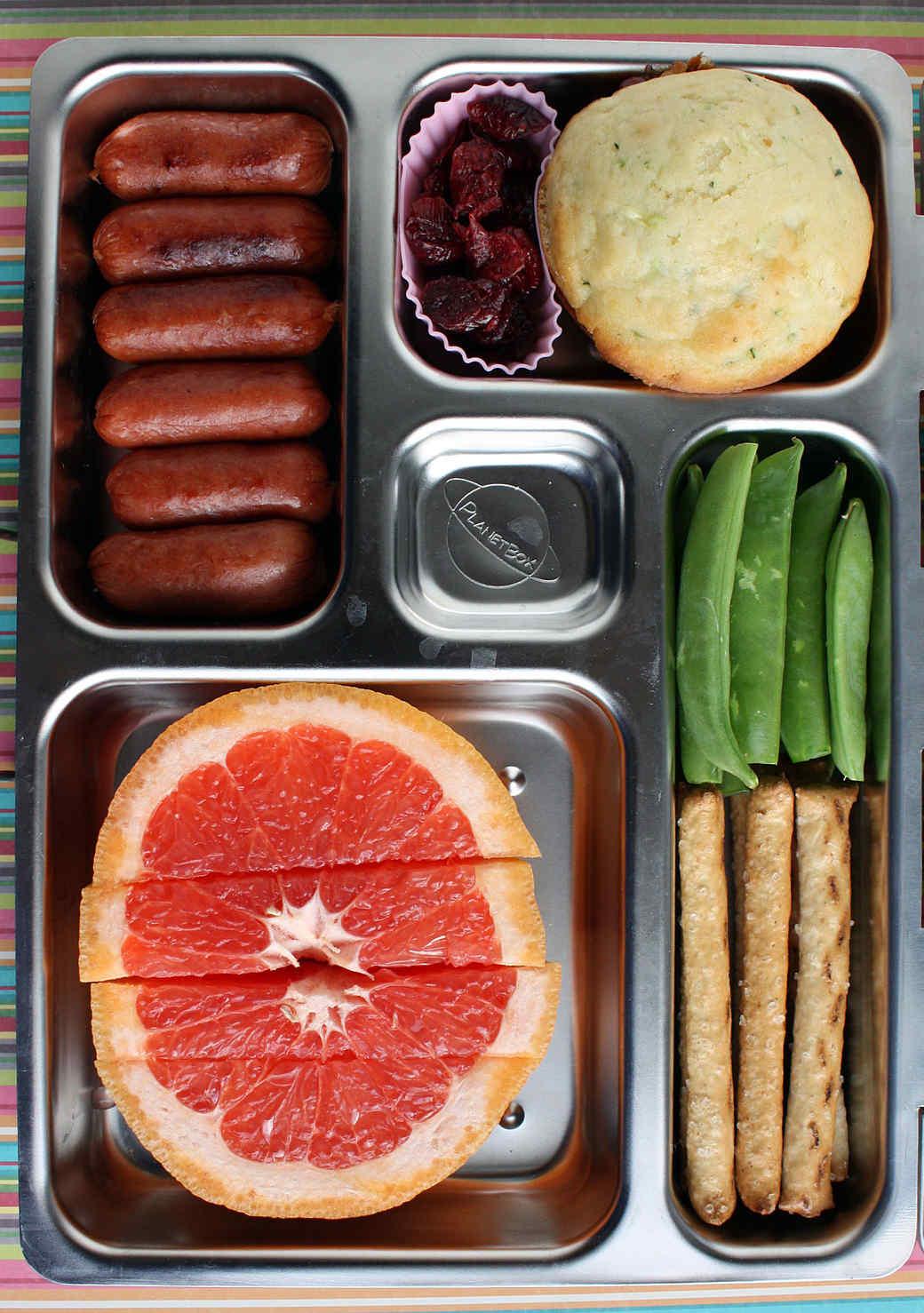 sausage-grapefruit-nut-free-lunch.jpg (skyword:335938)