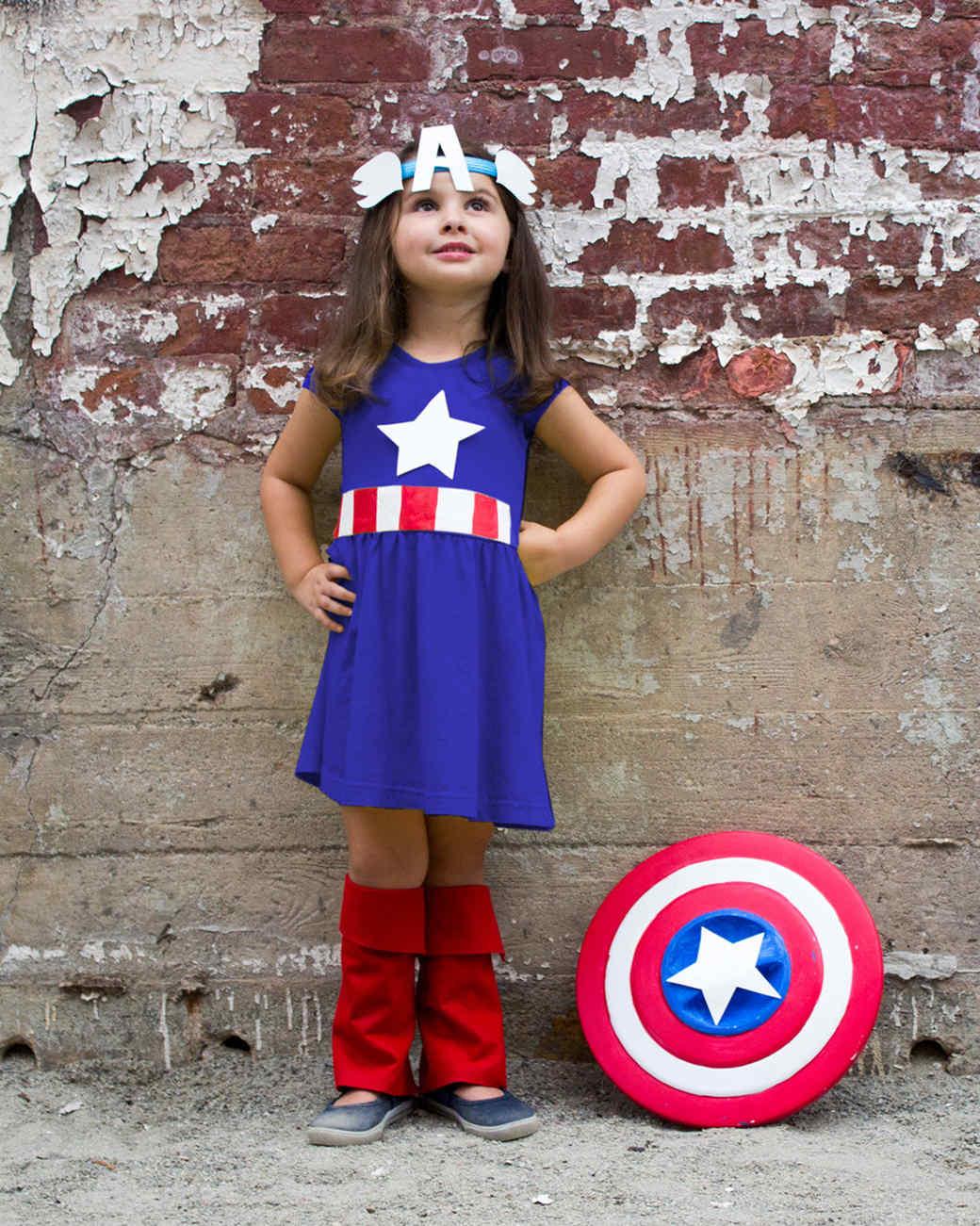 kid superhero costume  sc 1 st  Martha Stewart & You Can Make This Kidsu0027 Superhero Costume for Less Than $50
