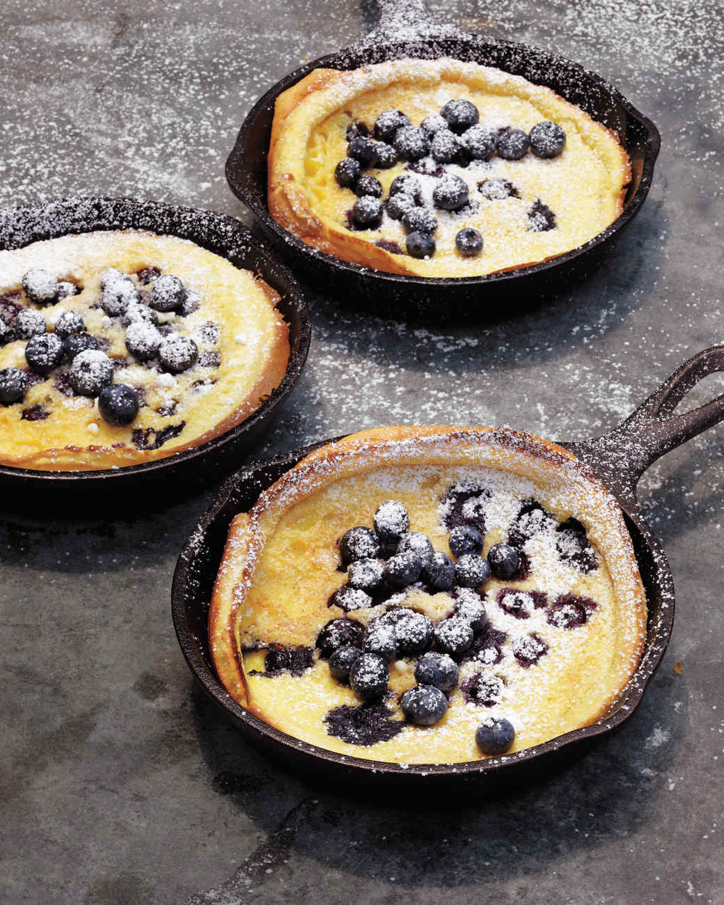 blueberry-dutch-pancakes-mld107637.jpg