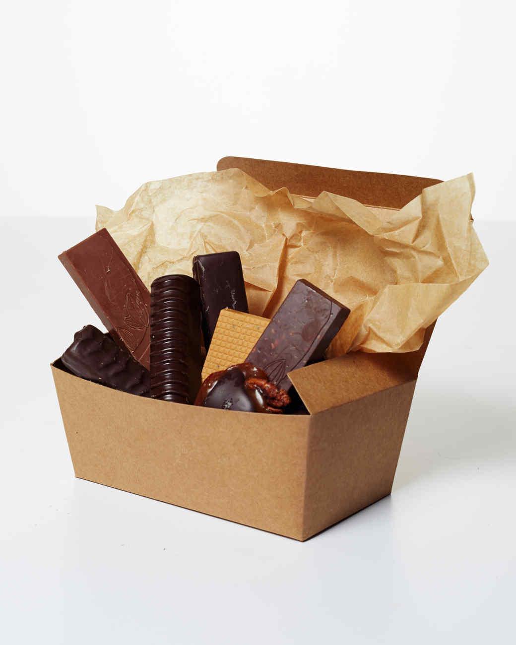 chocolates-in-box-189-d111535-1214.jpg