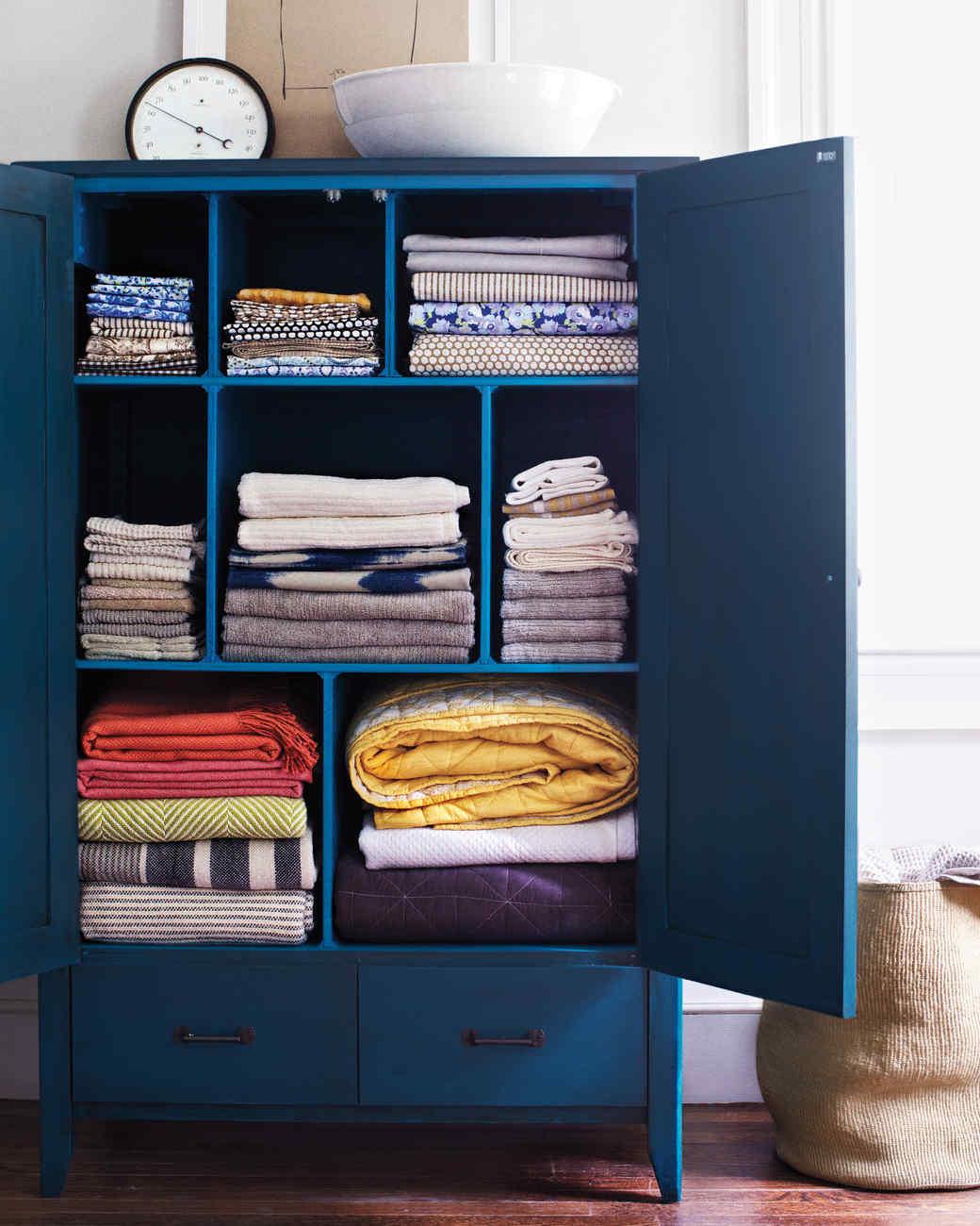 Armoire Shelf Separators
