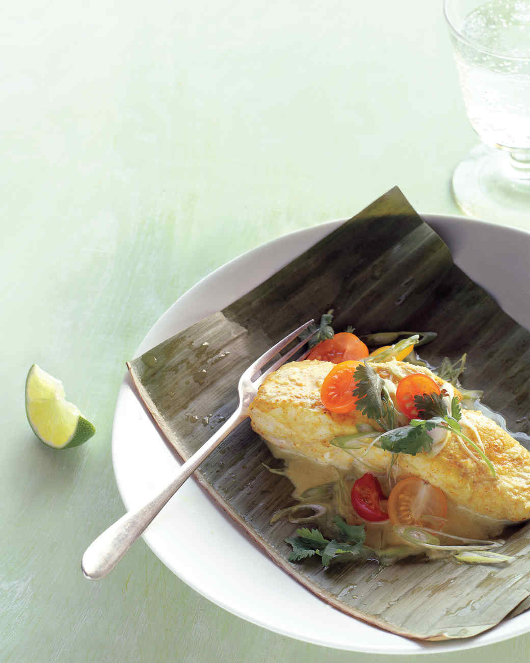 Banana-Leaf-Wrapped Grouper with Curry Sauce