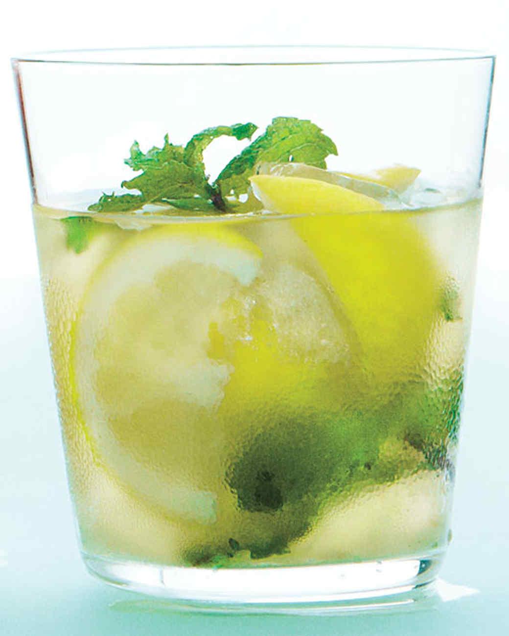 ginger-mint-lemonade-0711mbd107405.jpg