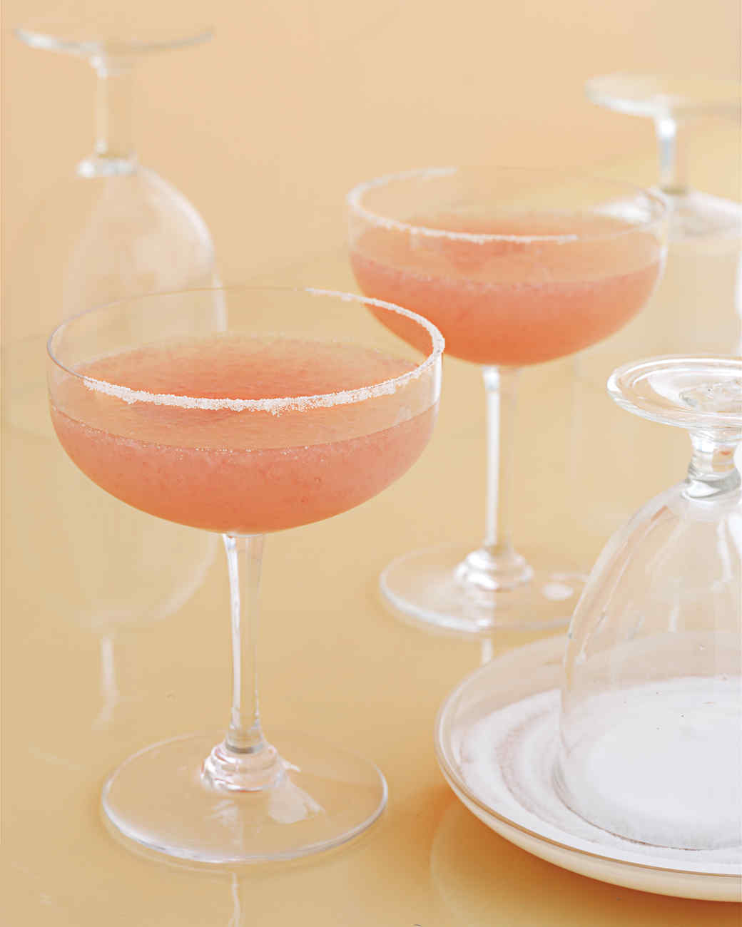 grapefruit-margarita-0507-md102841.jpg