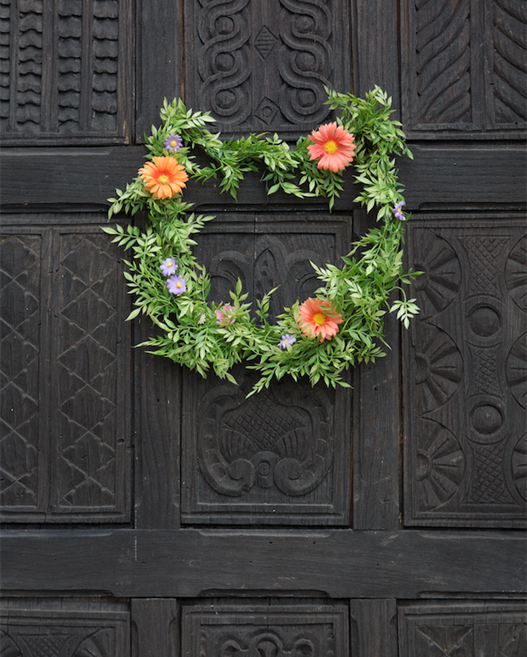 kitty cat floral green floral wreath