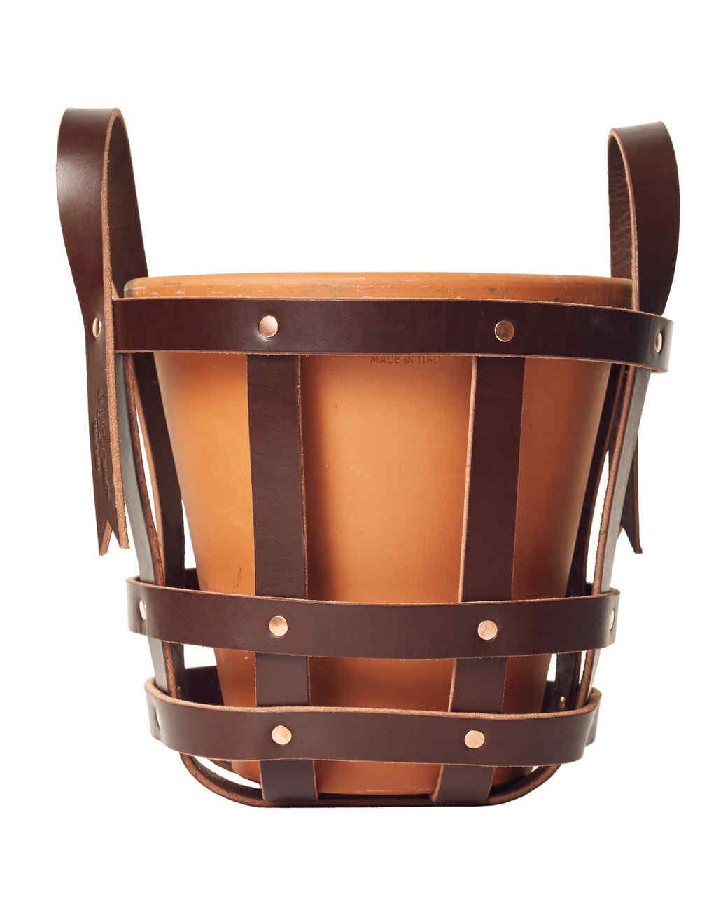 leather-planter-basket-064-d111535.jpg
