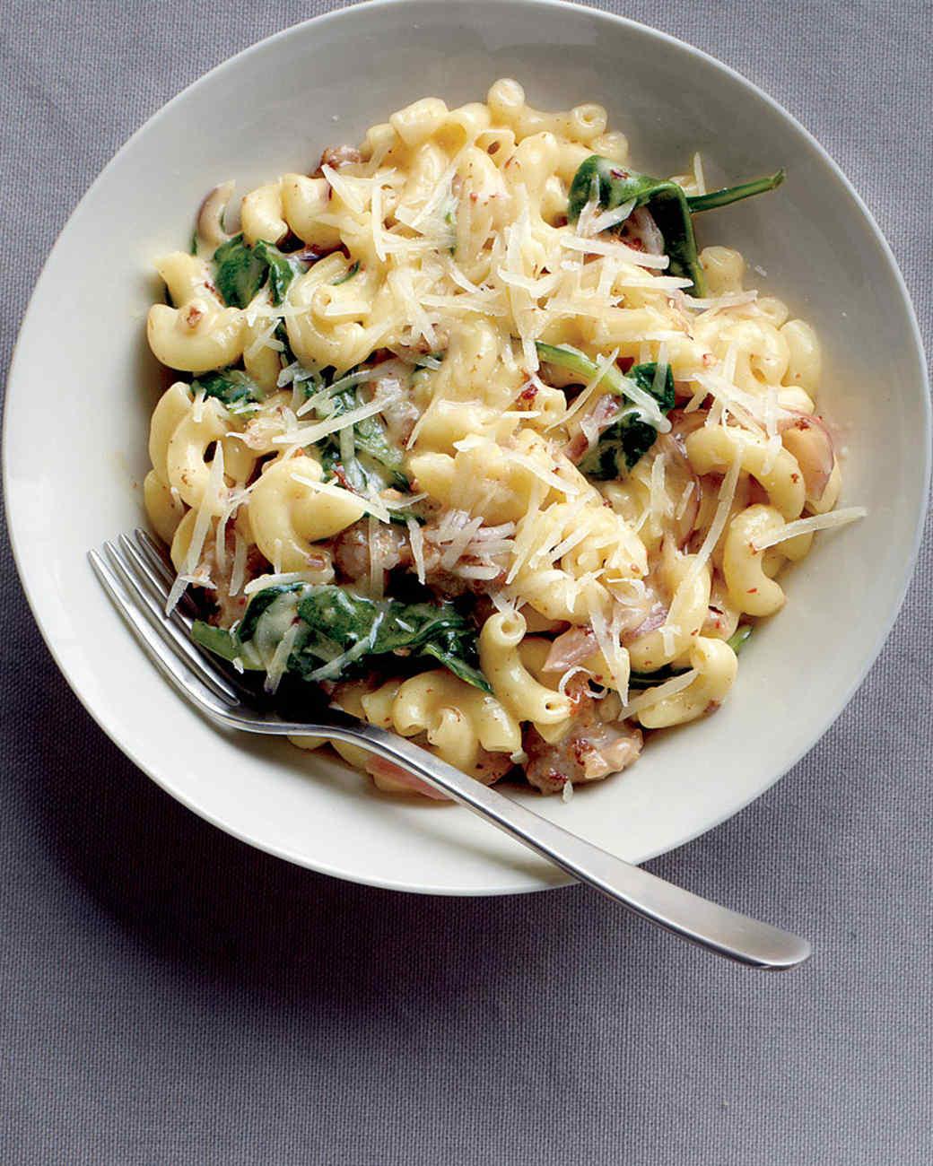 macaroni-sausage-spinach-med107508.jpg