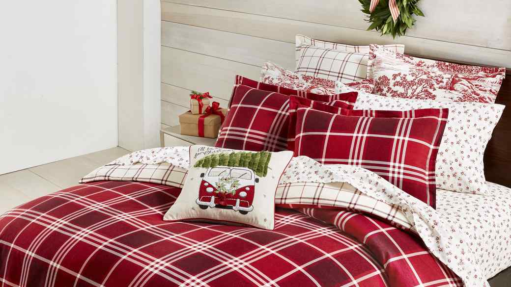 Macy's Christmas Bedding