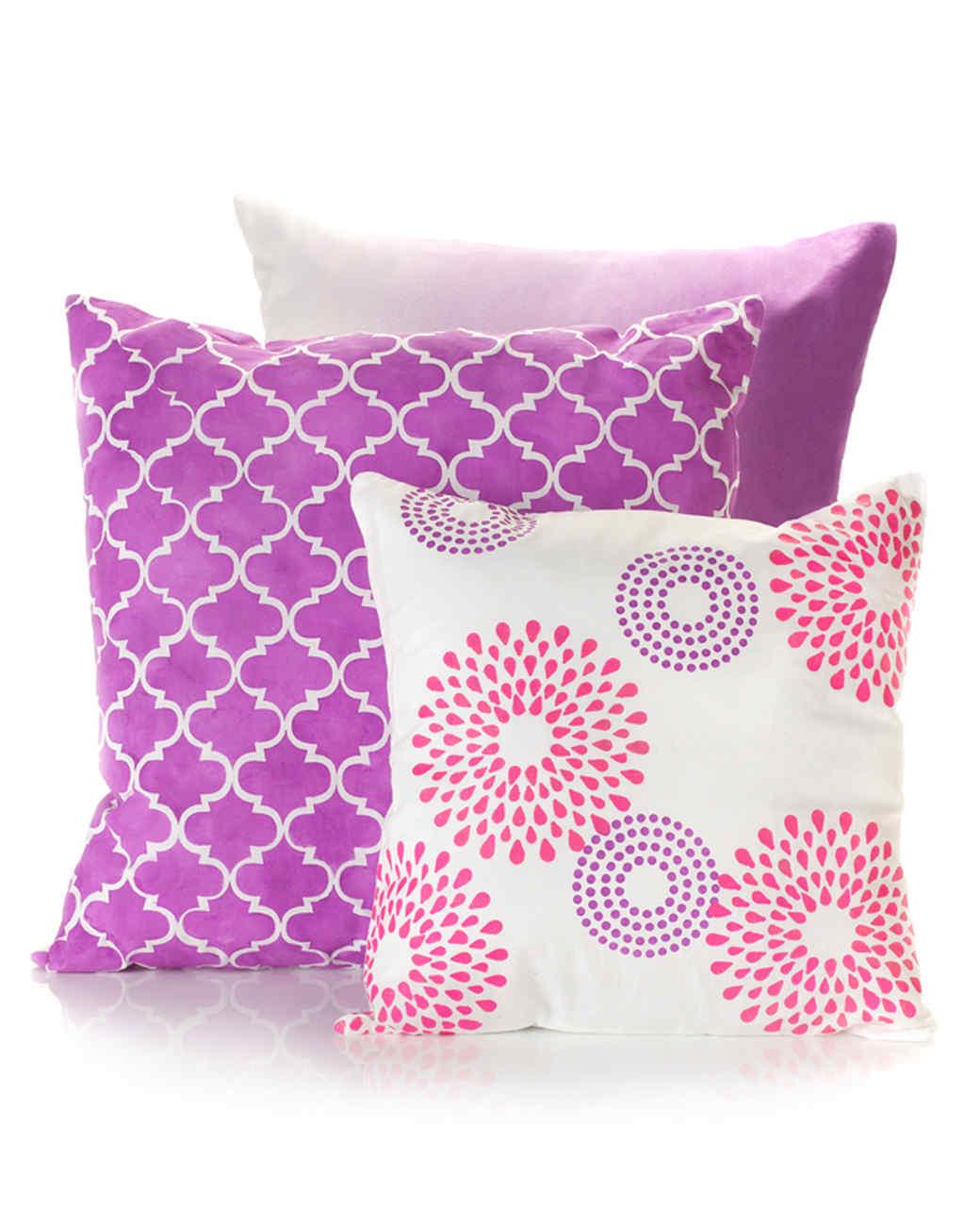 mscrafts-pantone-pillows-mrkt-0514.jpg