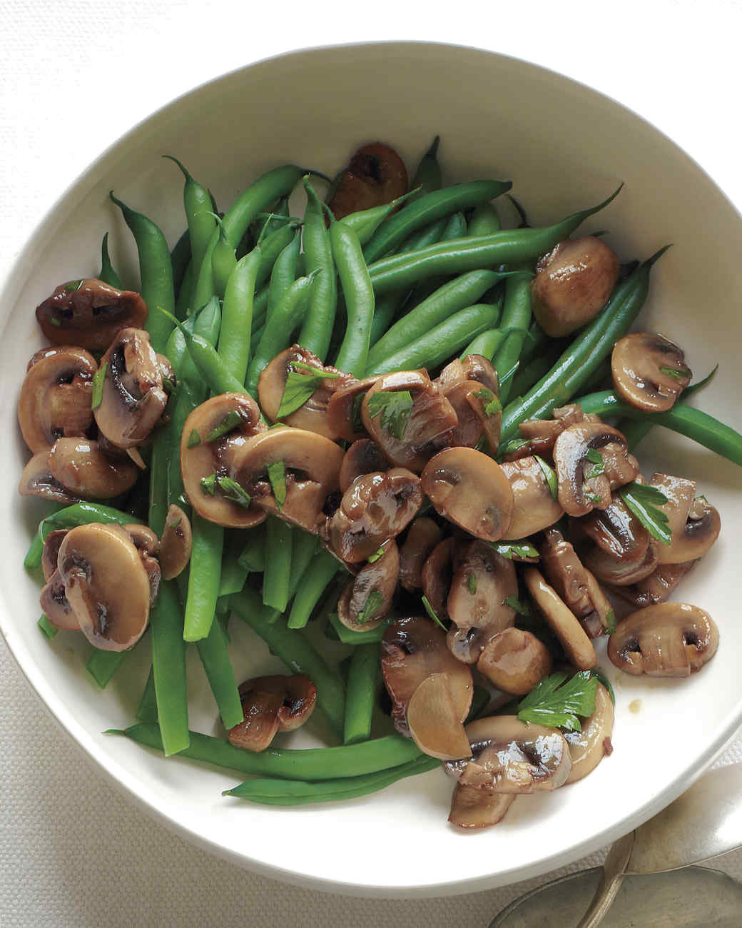 Green Beans with Sauteed Mushrooms and Garlic