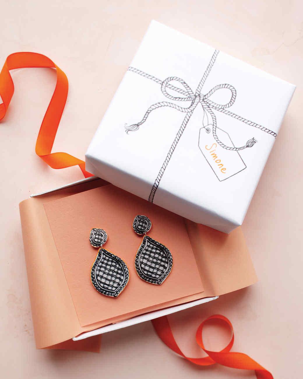 Trompe L'oeil Earrings and Gift Box