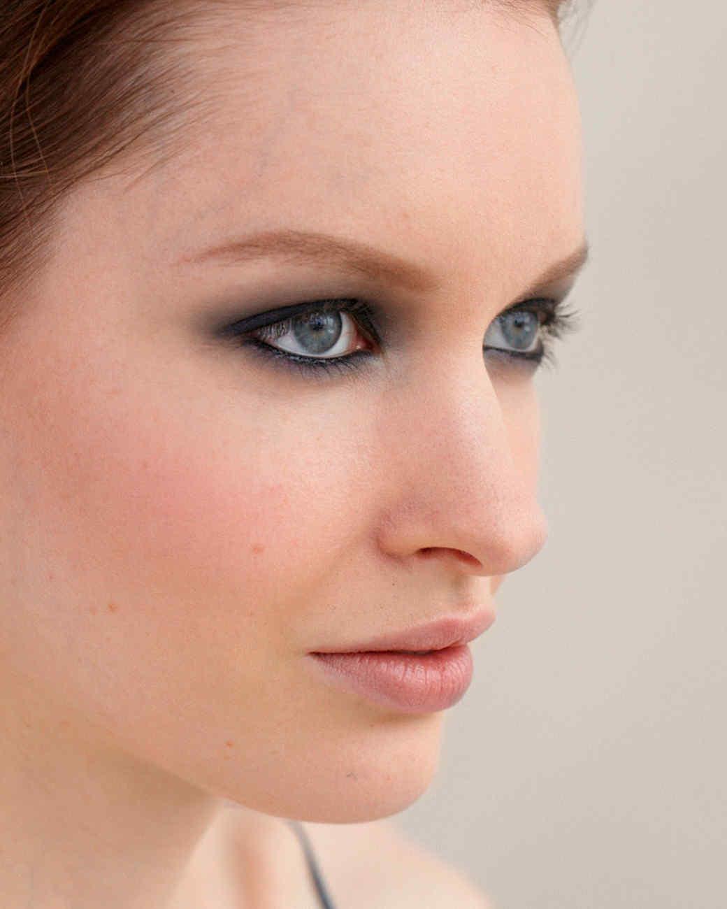 beauty-center-smokey-eyes-4-d108198.jpg