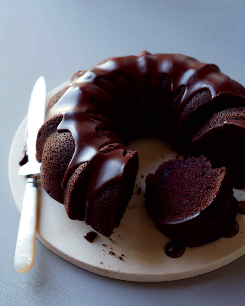 Chocolate cake with cherries: several dessert recipes