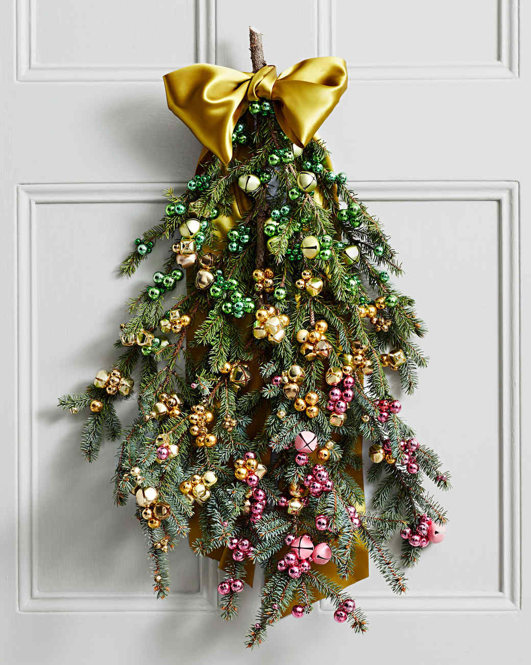 ombre bell wall hanging & Ombre Jingle Bell Door Greenery | Martha Stewart