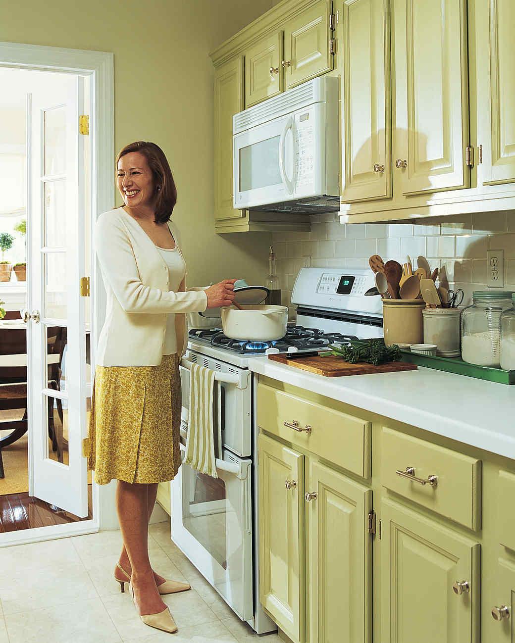 kitchen-transformed-06-d100607-0815.jpg