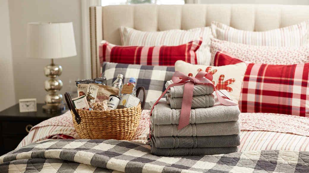 guest room bedding