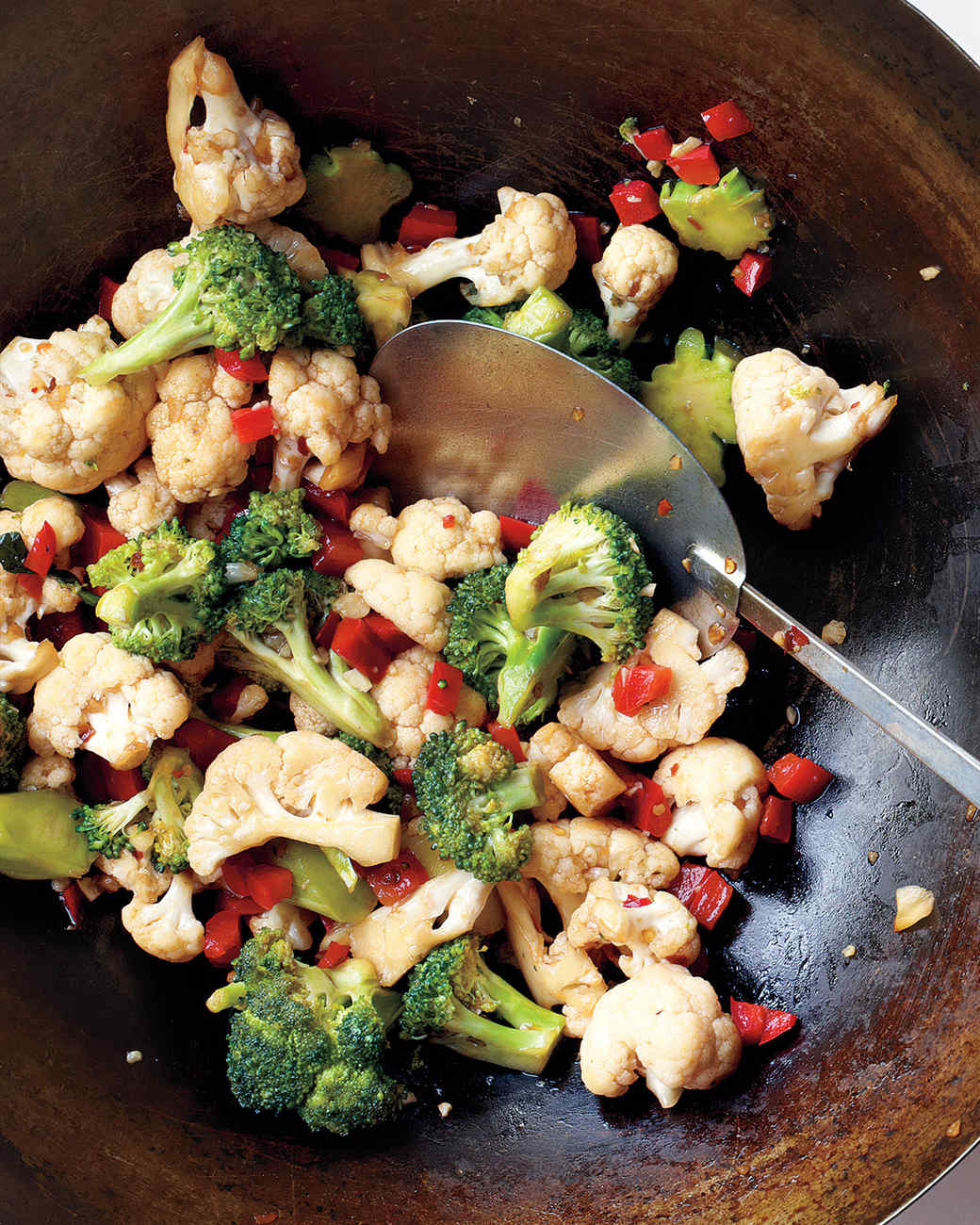 med106461_0111_eml_broccoli_stirfry.jpg