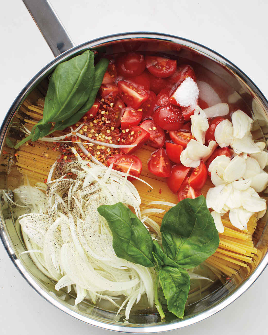 msl-kitchen-spaghetti-0131-md110059.jpg