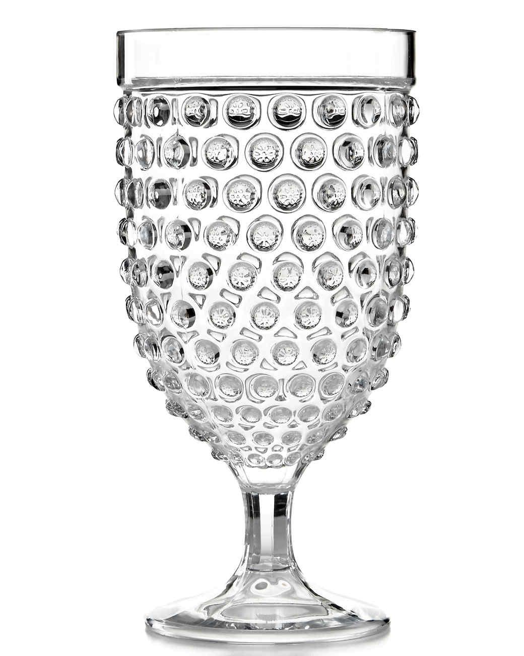 msmacys-plastic-wineglass-mrkt-0514.jpg
