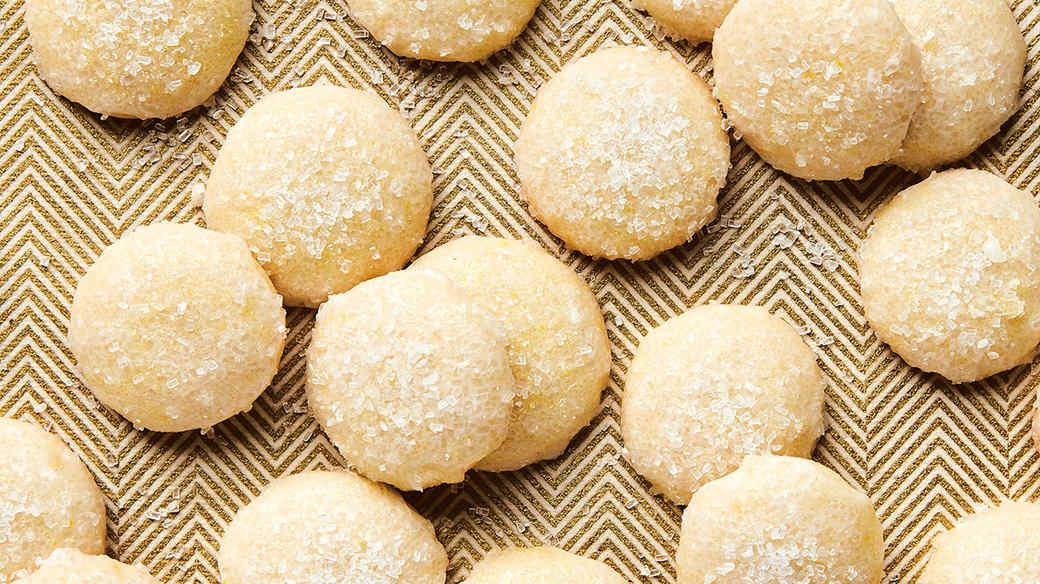 Sparkly Lemon Cookies