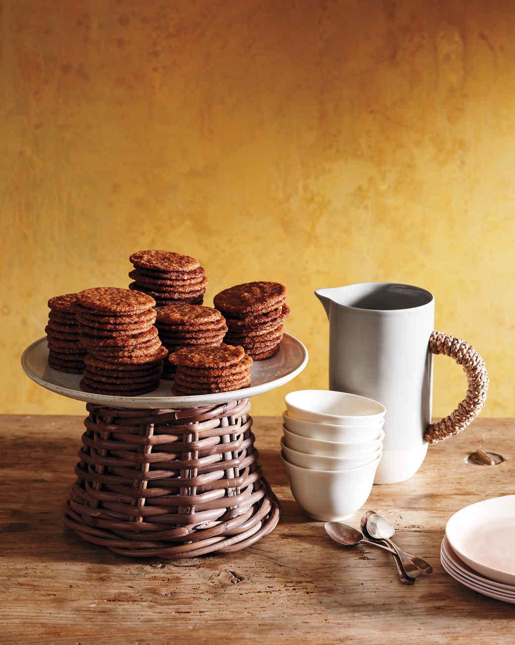 tablesetting-cake-plate-045-d112277.jpg