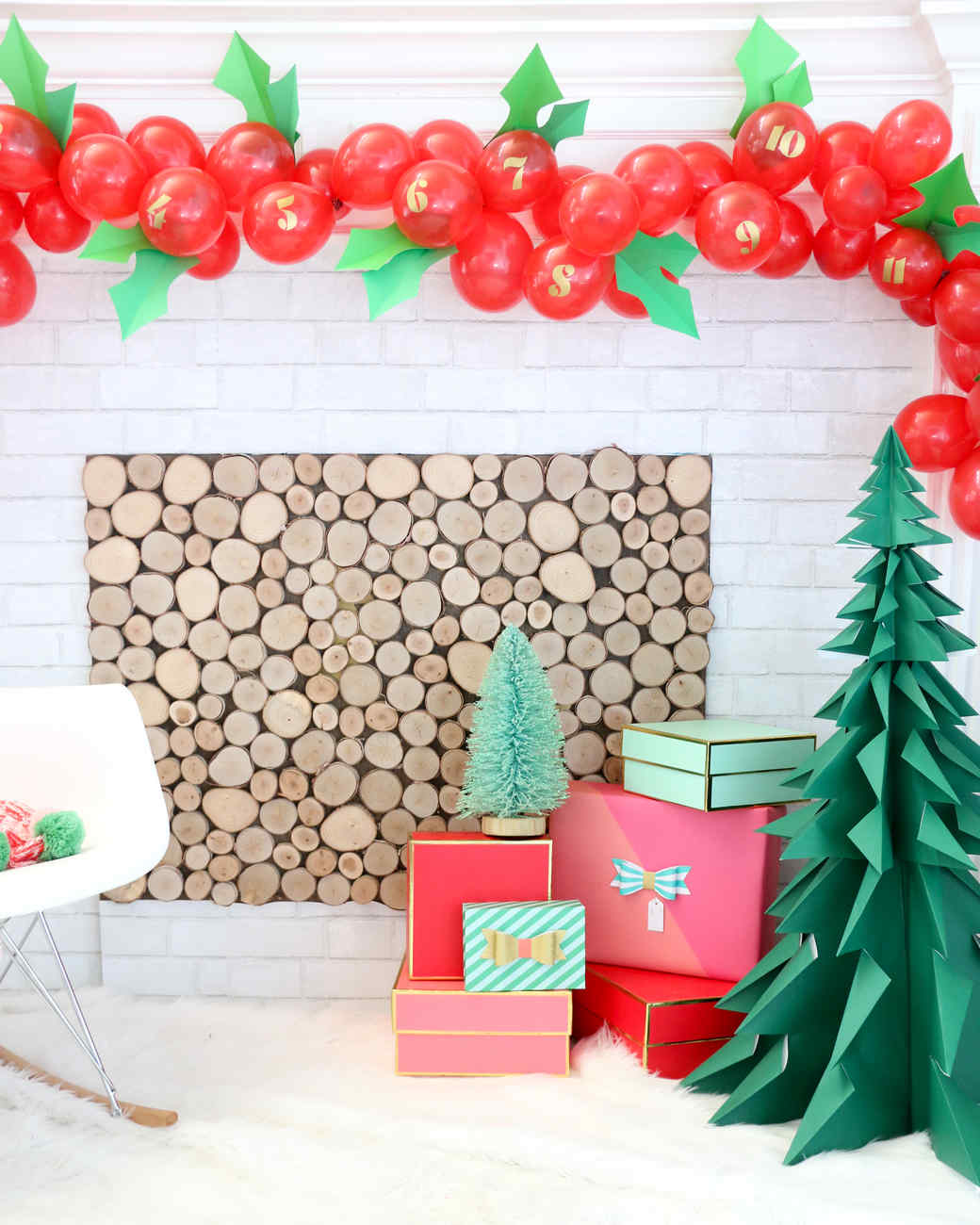 holly balloons for christmas - Christmas Theme Party Ideas
