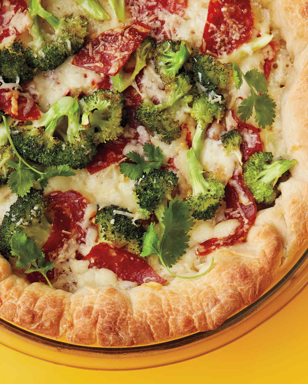broccoli-spinach-pizza-014-med109951.jpg