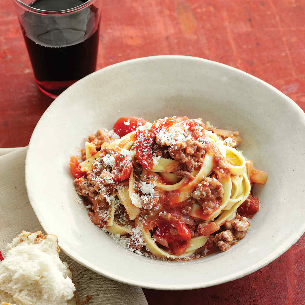 Fresh Fettuccine with Quick Meat Sauce