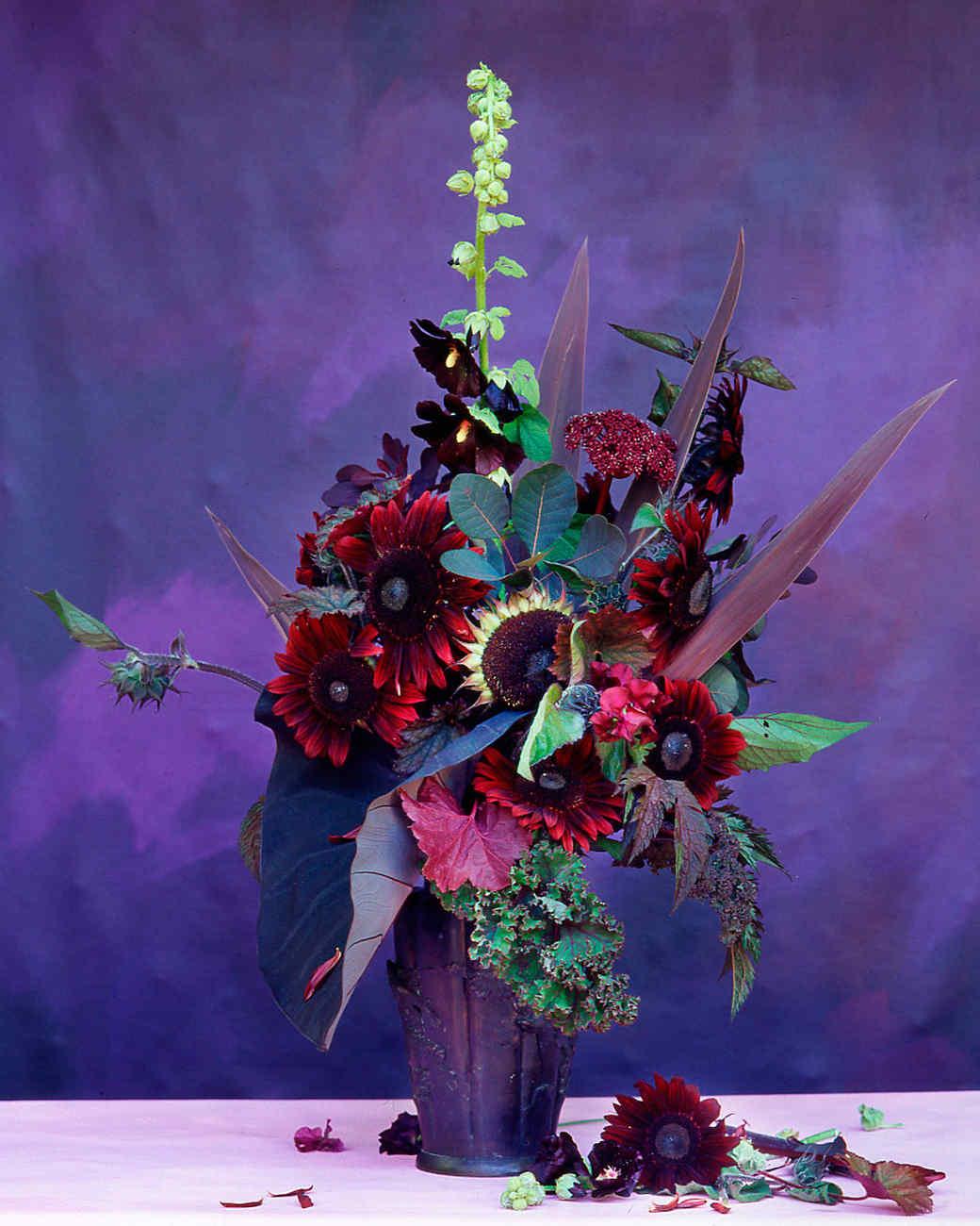 flower-arranging-la103516-red-purple.jpg