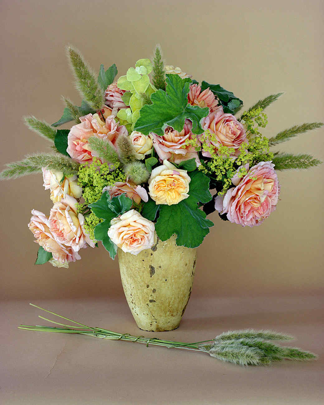 Summer flower arrangements martha stewart izmirmasajfo