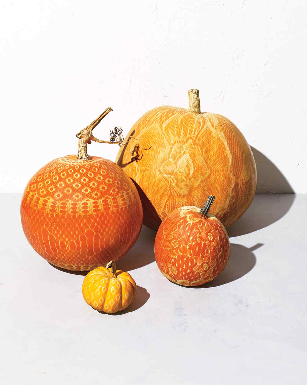 lacy-spray-paint-pumpkin-589-d111316.jpg