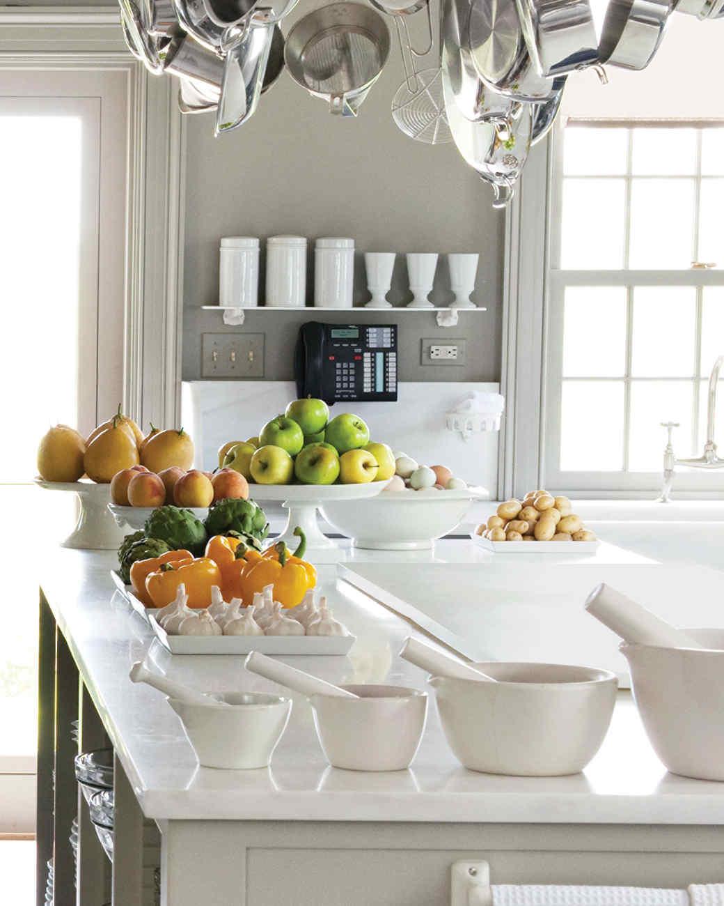 md106031_0910_kitchen_hanging_fruits.jpg