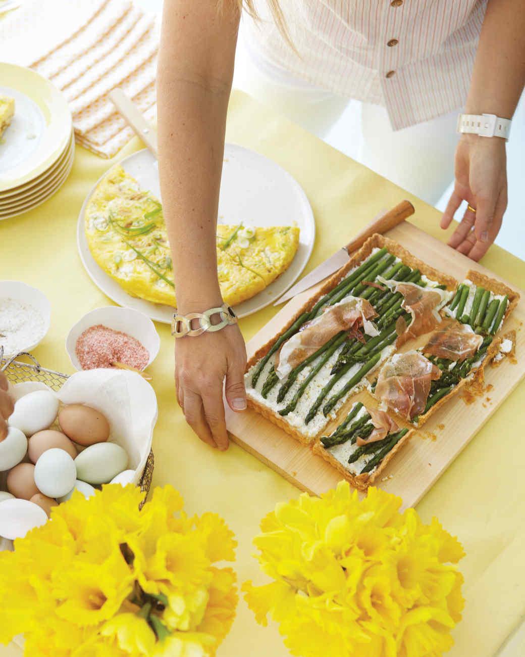 mld105925_0411_egghunt_519_asparagus.jpg