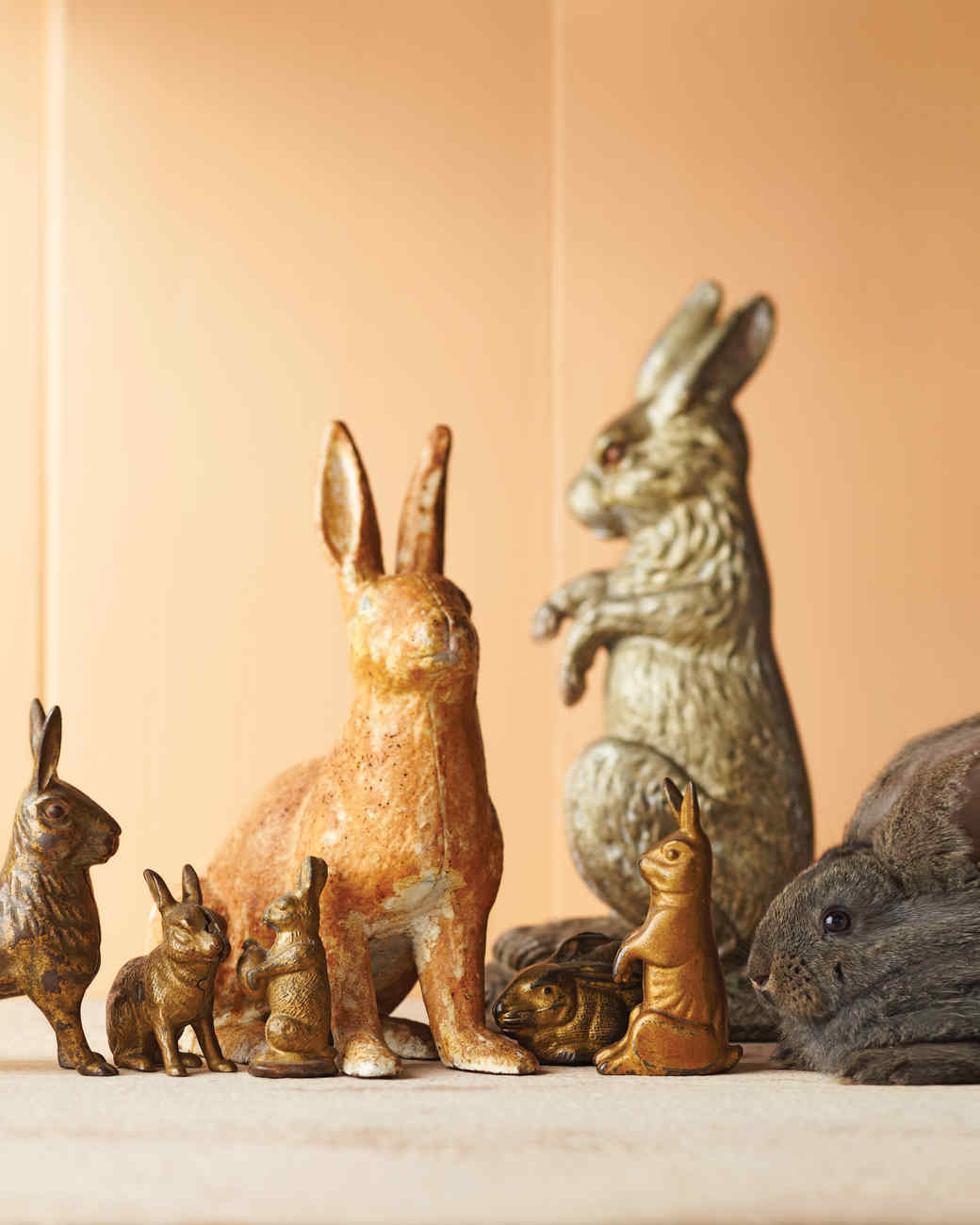 mld106987_0411_bunnies_doorstop_iron.jpg