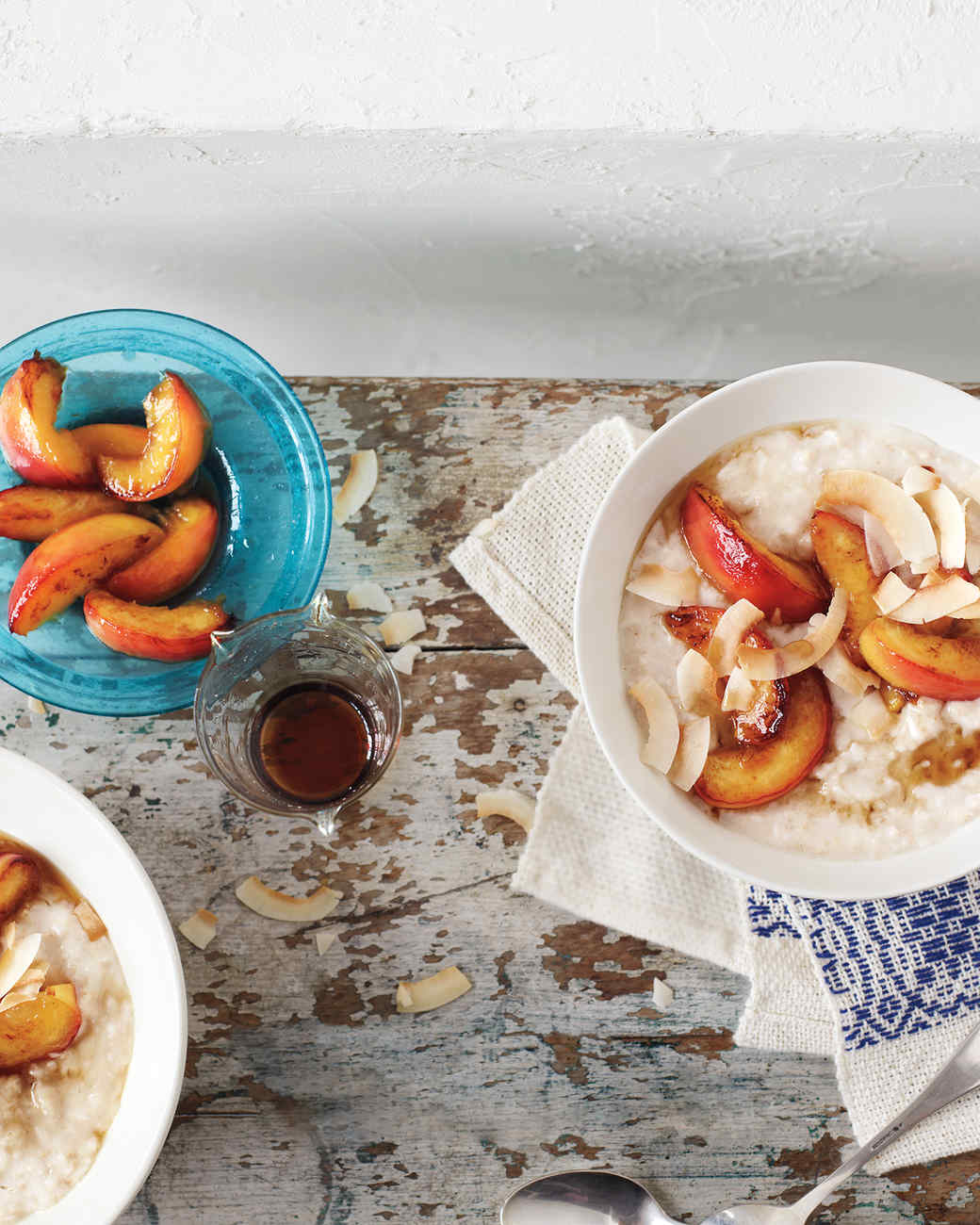 oatmeal-coconut-nectarines-mbd108831.jpg
