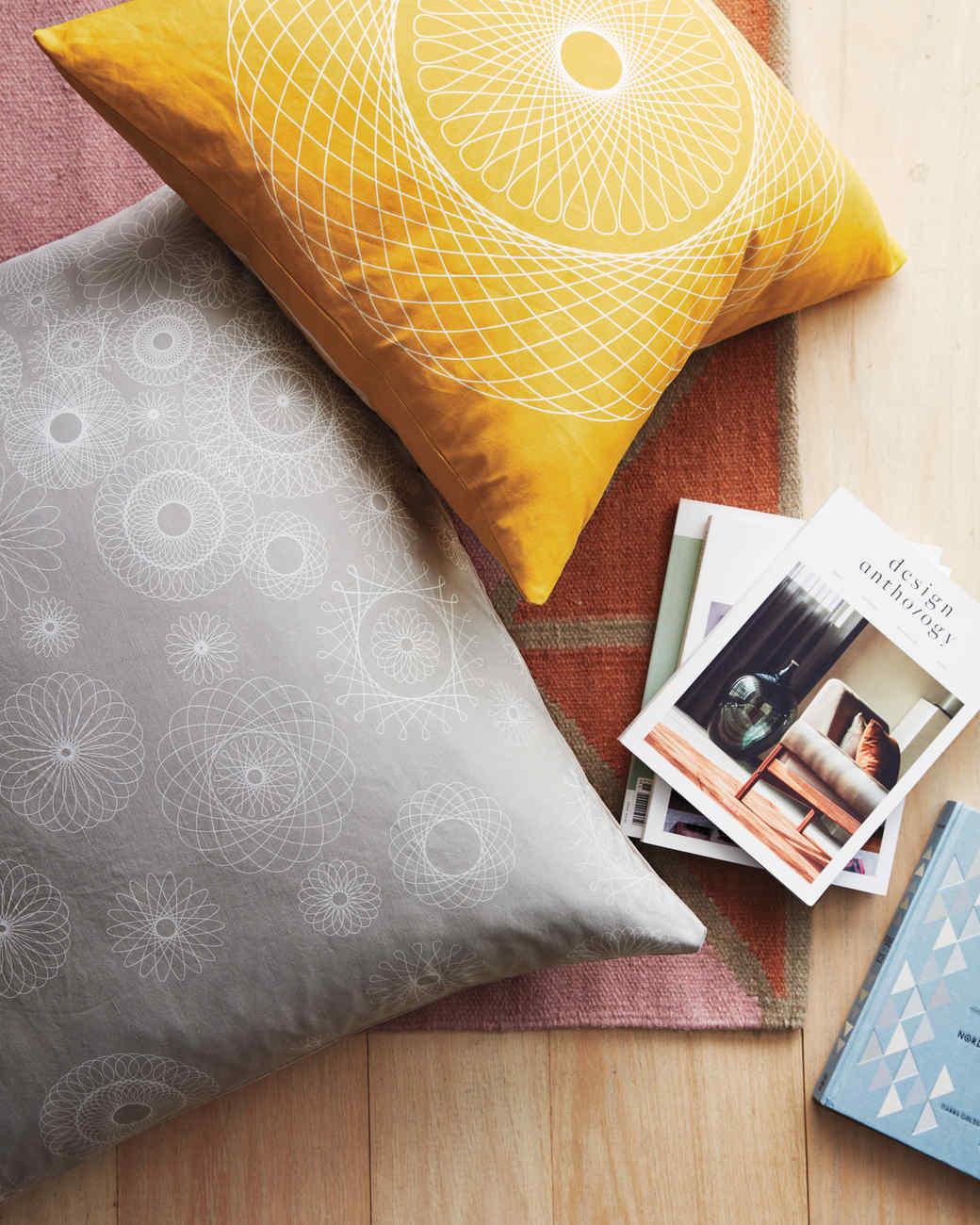 spirograph-floor-pillows-080-d112641.jpg