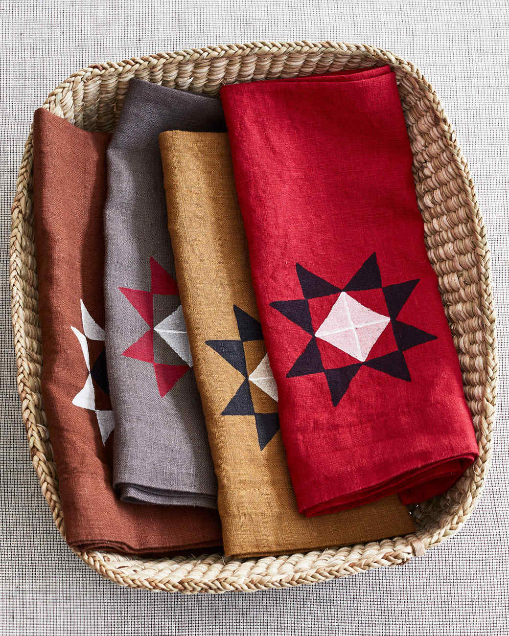 amish star table linens in basket