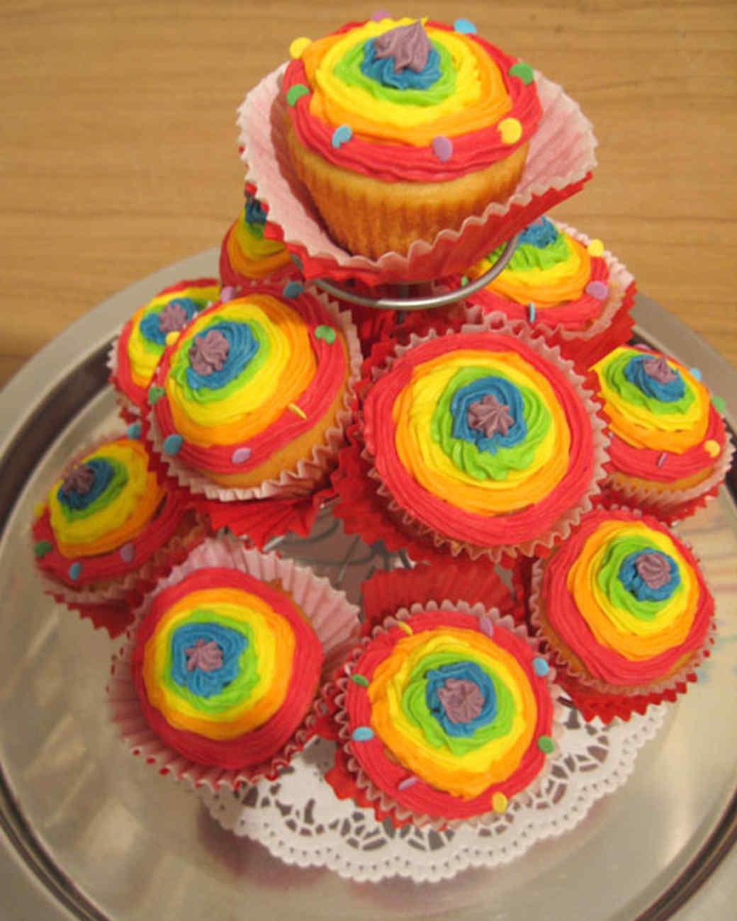 cupcake_contest_0211_rainbow_cupcakes.jpg