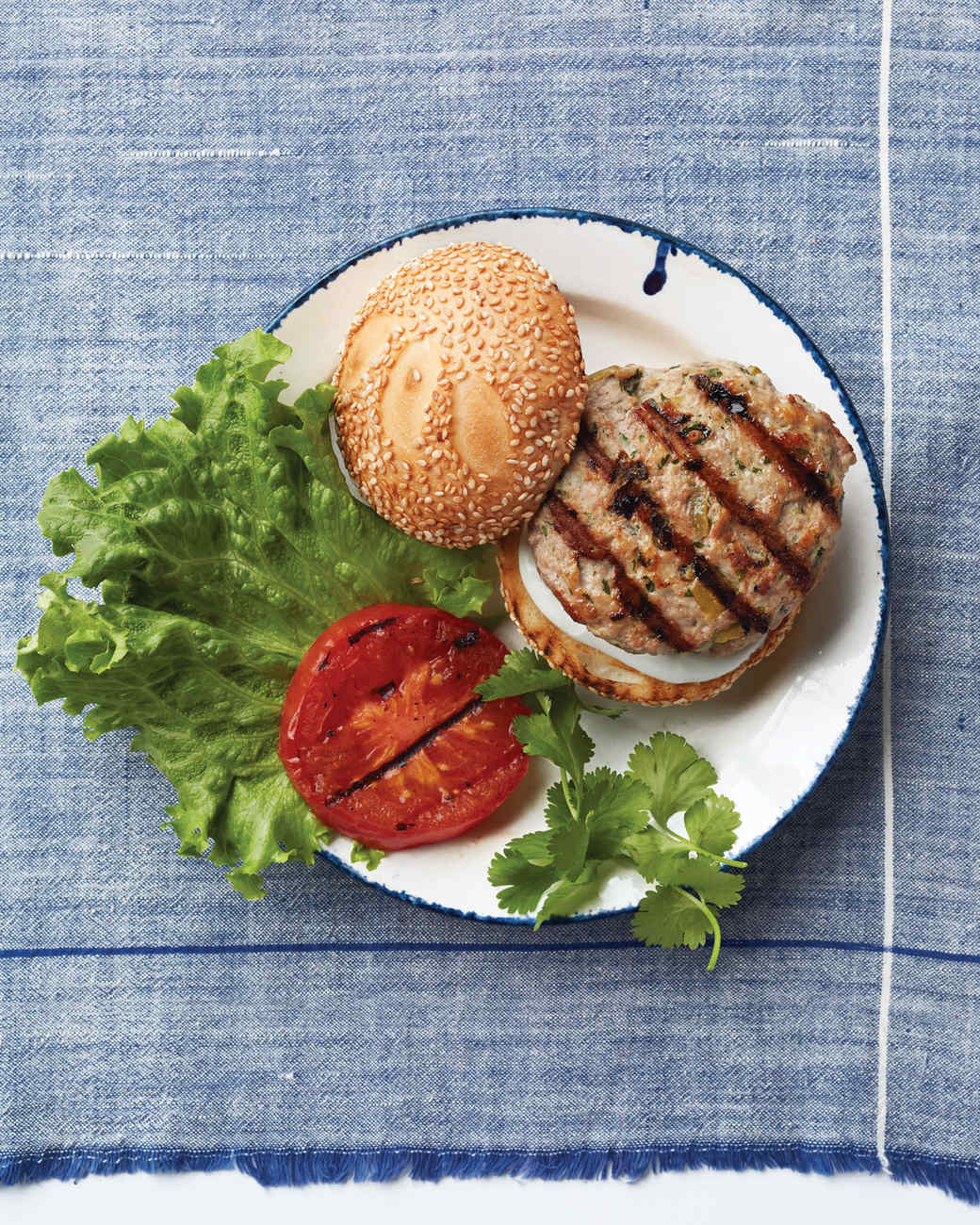 green-chili-turkey-burger-017-d112910.jpg