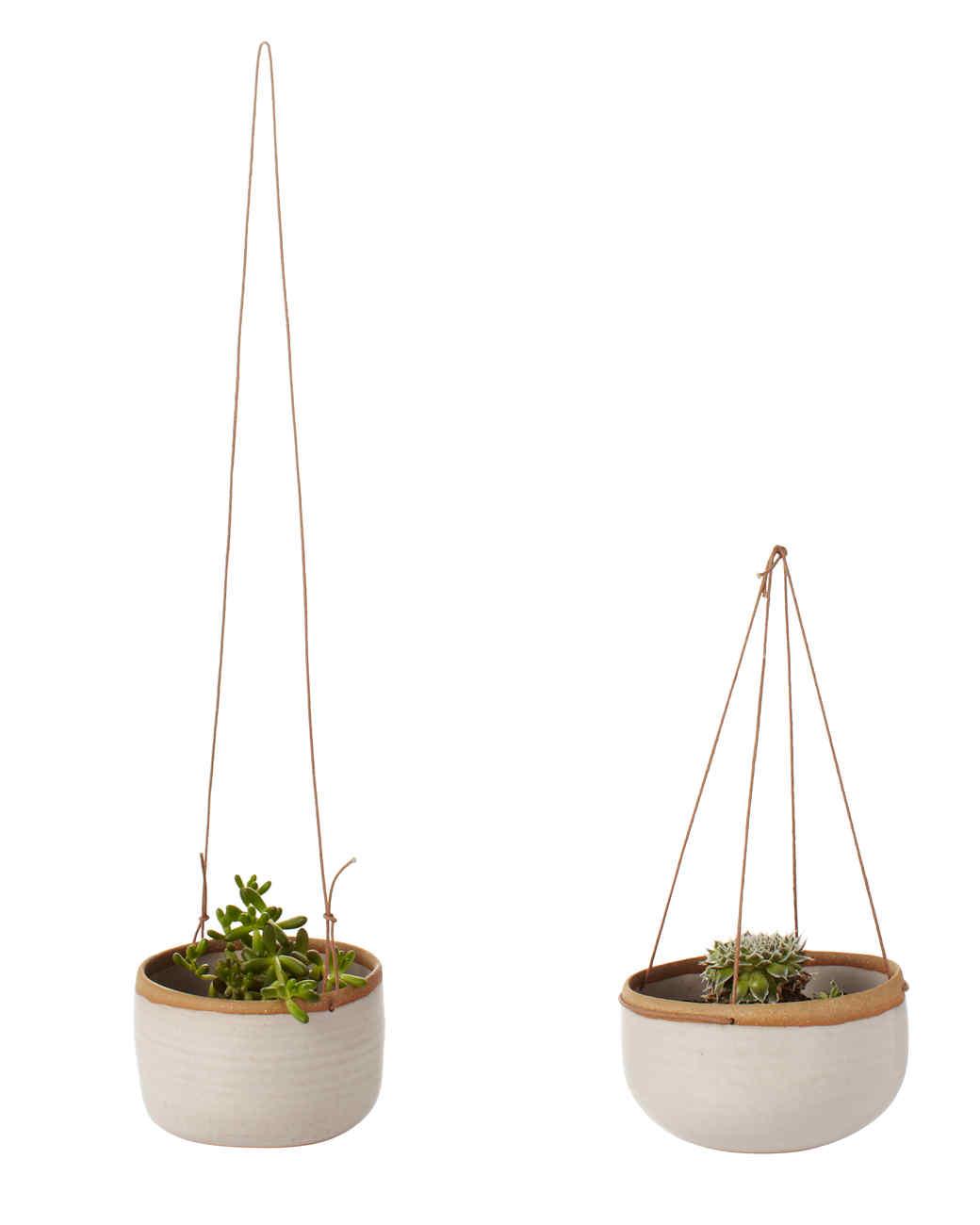 hanging-ceramic-planters-107-ld110668.jpg