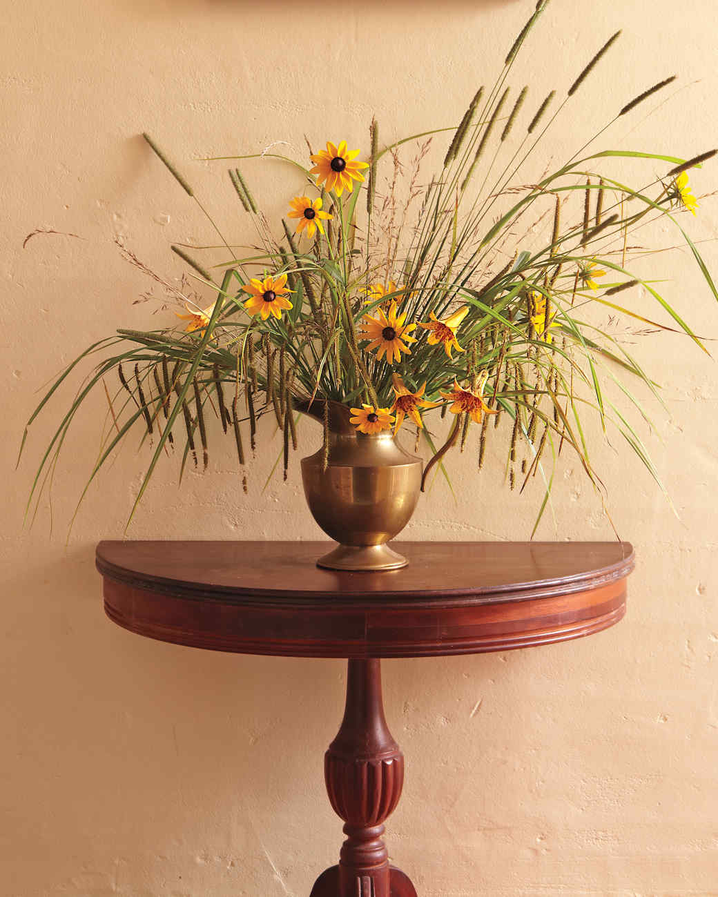 nh-wildflower-arrangement-011-d110446.jpg