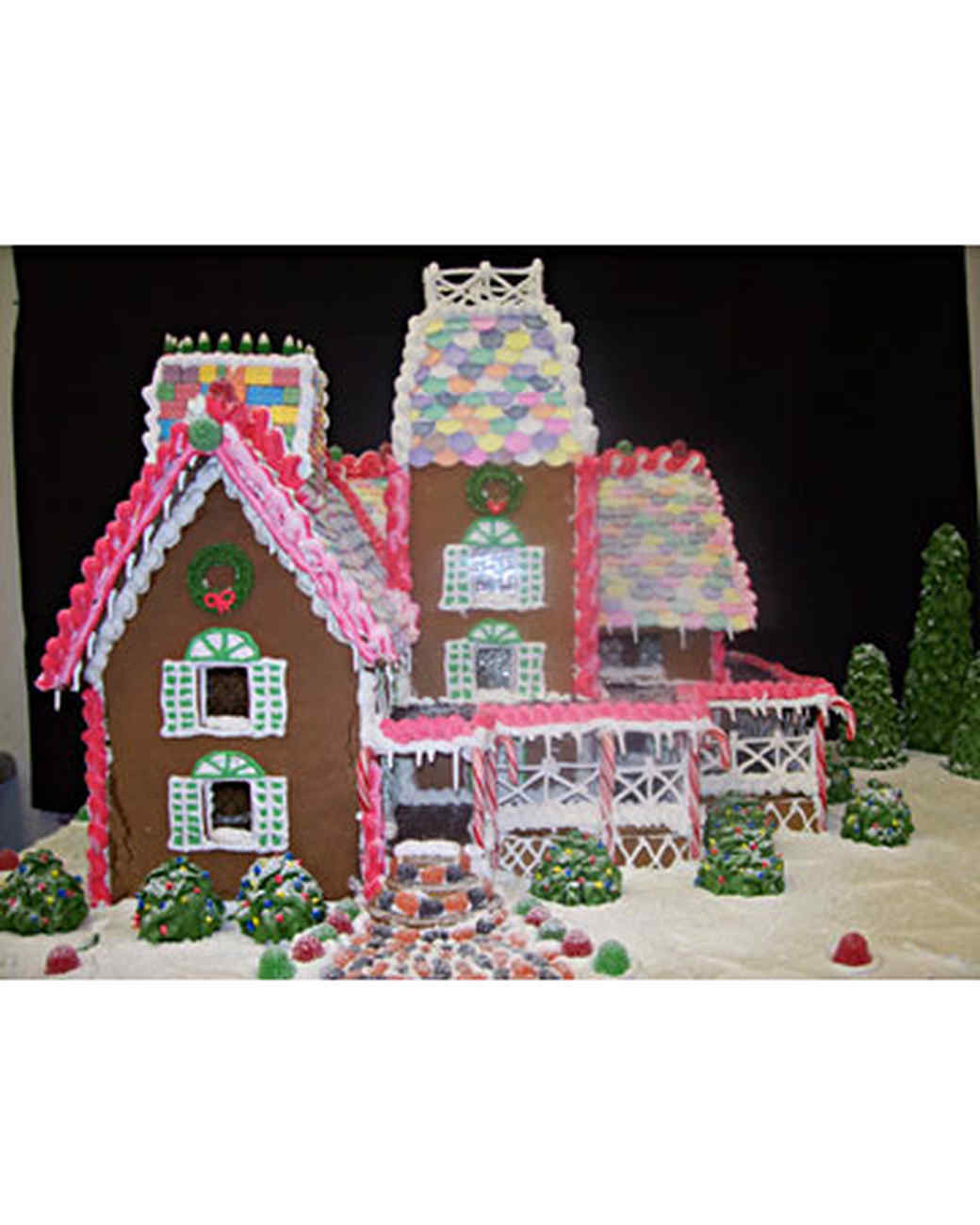 your best gingerbread houses martha stewart - Gingerbread House Christmas Decorations