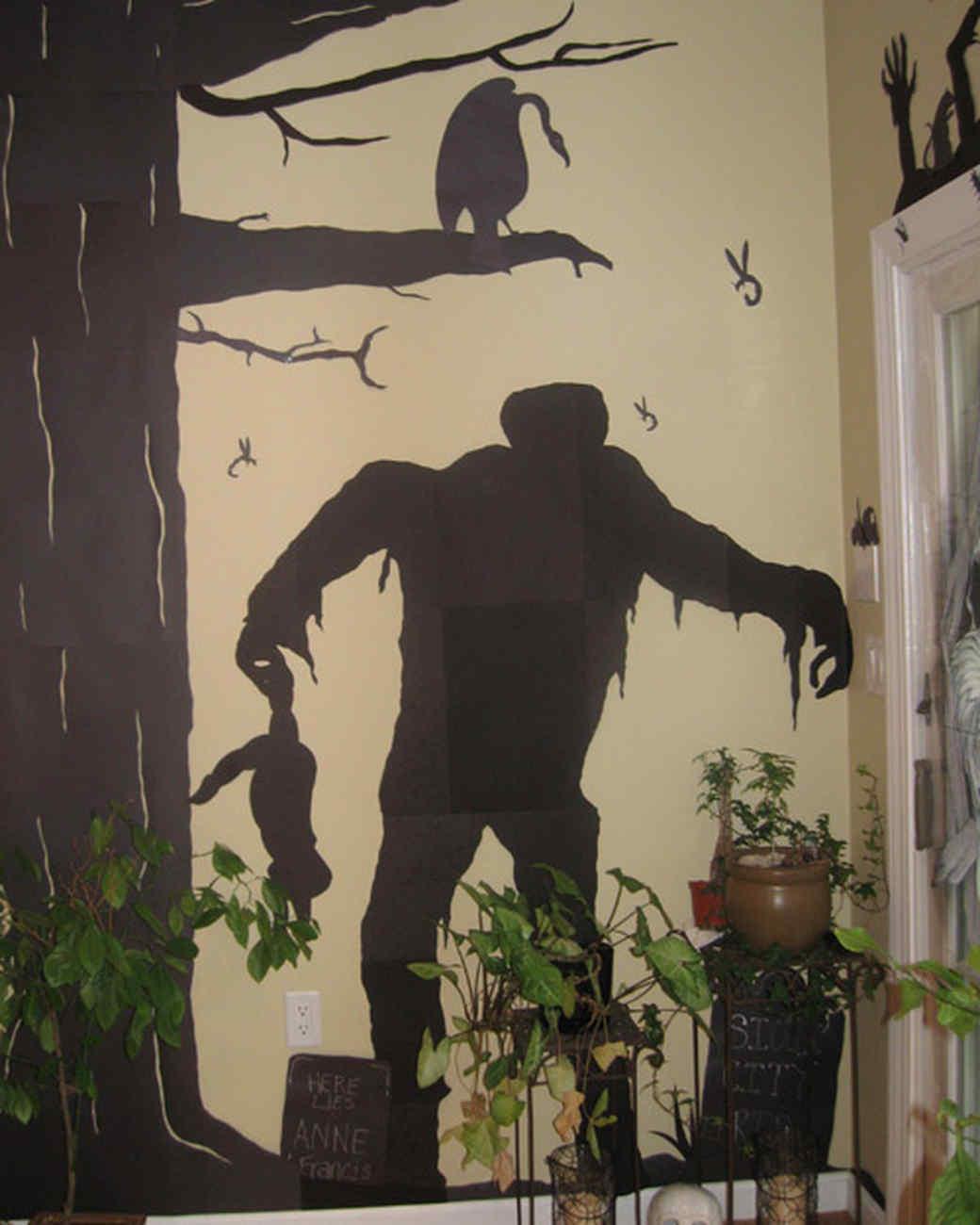 best_of_halloween09_monster_silhouette.jpg