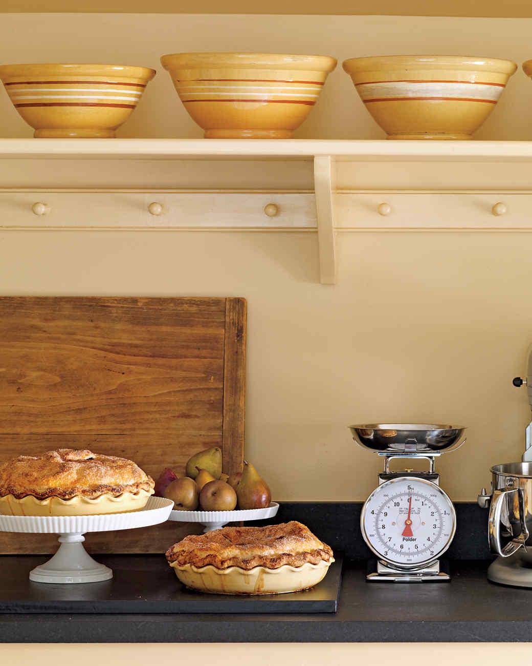 marthas-kitchen-mixing-bowls-mld107949.jpg
