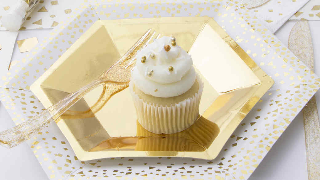 michaels celebrations gold table setting cupcake