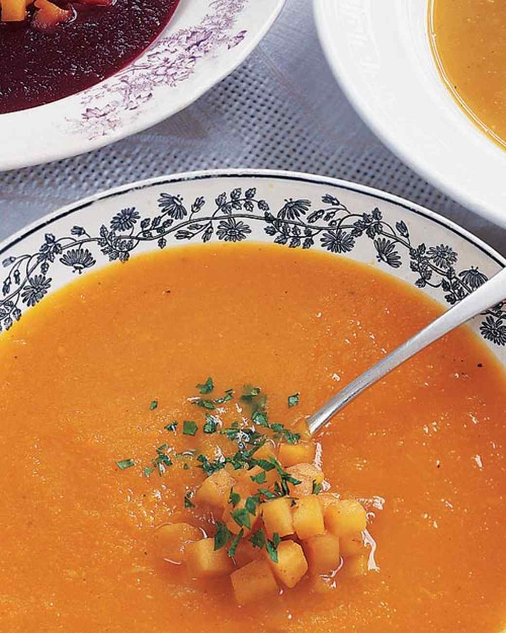 ml911i4_1199_roasted_acorn_squash_soup.jpg