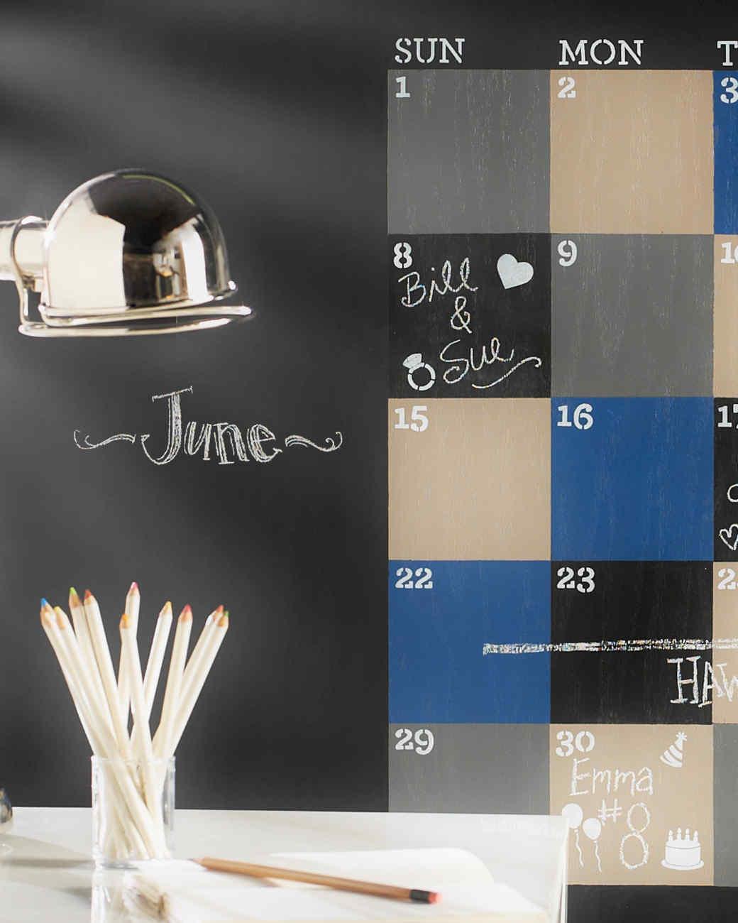 mscrafts-chalkboard-calendar-mrkt-0714.jpg