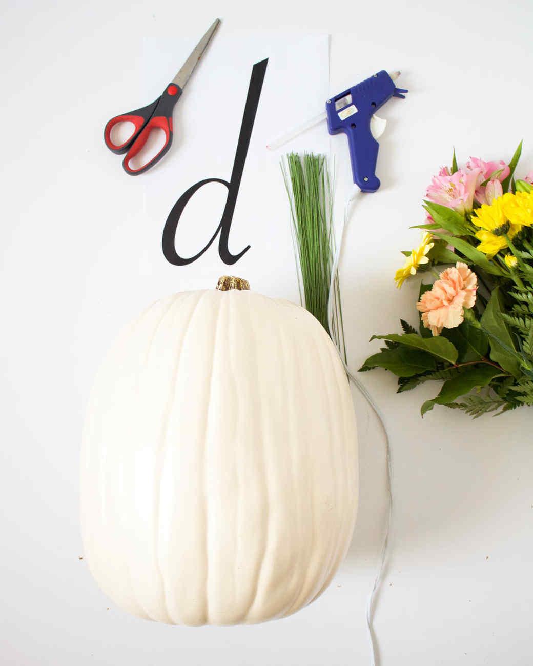 floral monogram pumpkin DIY